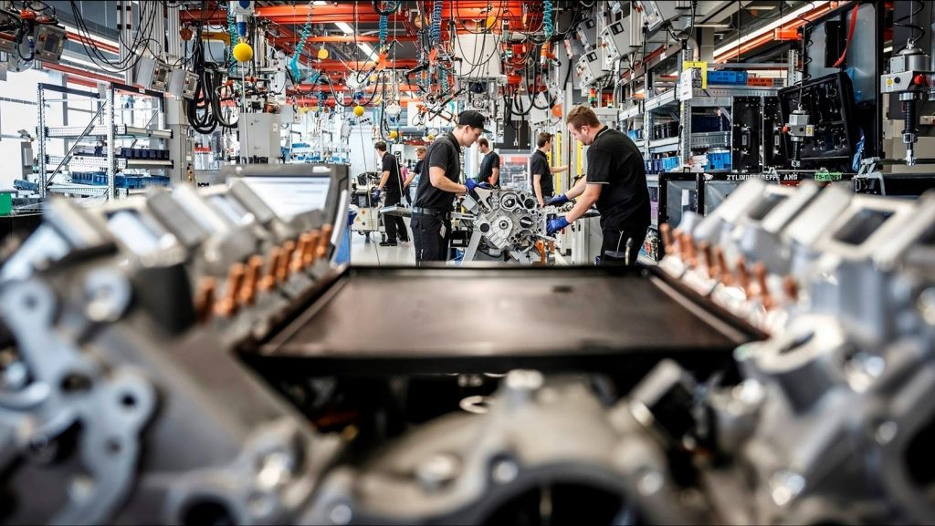 Manufaktur Mobil